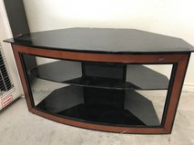 Bell'O tv stand in Fort Hood, Texas