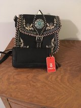 New Tosca Leather purse with billflod. in Cleveland, Texas