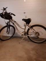 """womens bike 26"""" tires in Fort Campbell, Kentucky"""