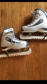 CCM SP Figure Skates in Chicago, Illinois
