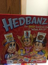 Hedbanz game in Chicago, Illinois