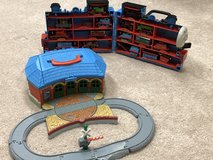Thomas & Friends Take-n-Play On-The-Go Playbox & 16 trains in Fort Belvoir, Virginia