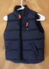 Child's Uni-sex Gap Winter Vest in Schaumburg, Illinois