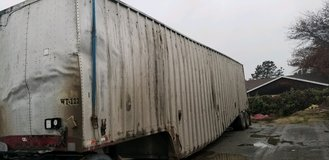 48x108 Western 2004 trailer in Fairfield, California