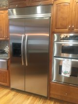 built-in stainless steel refrigerators in Oswego, Illinois