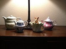 Teapots in Cleveland, Texas