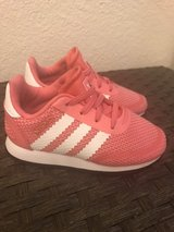 Adidas Toddler Sneaker Size 7 in Fort Bliss, Texas