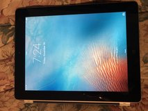 Nice Condition Apple IPad 2 Tablet 32gb in Naperville, Illinois