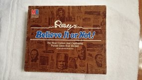 Vintage - Game - Ripley's Believe It or Not in St. Charles, Illinois
