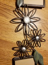 metal floral picture frame in Chicago, Illinois