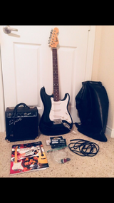 Electric Guitar Bundle in Oceanside, California