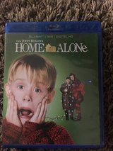Blu Ray HOME ALONE in Fort Campbell, Kentucky
