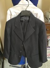 size 8 boys suit in Brookfield, Wisconsin