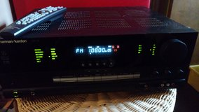 Harman/Kardon AVR 125 receiver w/ remote in Westmont, Illinois