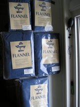 FLANNEL SHEETS AND PILLOW CASES in Yorkville, Illinois