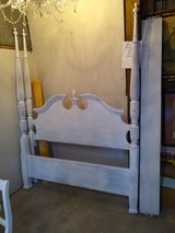 4 poster solid wood Queen bed in Cherry Point, North Carolina