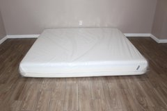 King size memory foam mattress- Tuft and Needle in Spring, Texas