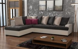London Sectional - Chaise also on opposite side - Pillows and Delivery included in Stuttgart, GE