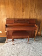 Yamaha M305 upright piano in Oswego, Illinois