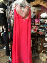 Formal dress in Alamogordo, New Mexico