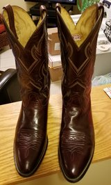 Nocona Boots Men's 11.5 D Made in USA lightly used in Bartlett, Illinois