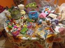 Huge toy bundle mix collection & stuffed animals in Fort Bliss, Texas
