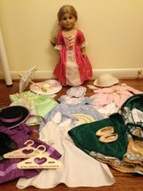 American Girl Doll - Elizabeth (Felicity's best friend), dresses, and accessories in Fort Belvoir, Virginia