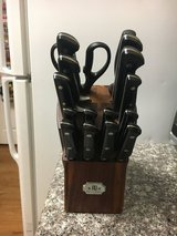 Paula Deen 16-piece  Knife Set in Fort Irwin, California