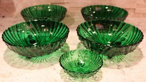 Beautiful Green Bubble Glass Bowls in Naperville, Illinois