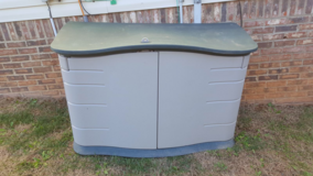 Rubbermaid outdoor storage shed in Clarksville, Tennessee