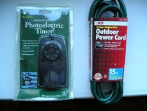 OUTDOOR PHOTOELECTRIC TIMER AND EXTENSION CORD in Oswego, Illinois