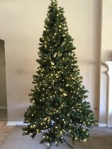 9 foot pre-lit Christmas tree ~  800 LED color changing lights ~w/Remote control in Houston, Texas