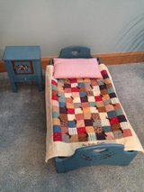 "AMERICAN GIRL ""Kirsten"" (Retired) - Bed, Quilt, Pillow and Nightstand in Bolingbrook, Illinois"