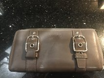 Coach zipper wallet in Kingwood, Texas