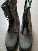 Military Hot weather Steel toe boots, sage (new) in Ramstein, Germany