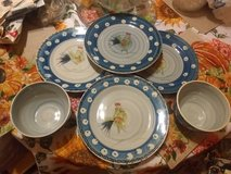 Royal Norfolk 4 10in dinner plates blue rooster 2 deep bowls dishwash micro safe in Fort Bliss, Texas
