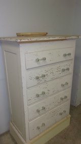 Pine chest of drawers in Kingwood, Texas