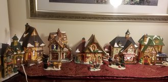 Set of 6 Christmas Lighted Houses in Joliet, Illinois