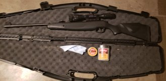 Stoeger air rifle X20 with scope in Clarksville, Tennessee