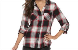 NWT Women's Rock & Republic Large Twill Shirt Plaid Black White Red Button up Blouse in Kingwood, Texas