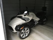2015 Can-Am Spyder Roadster F3 in Cherry Point, North Carolina