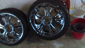 23 inch 5 lug chrome wheels and tires ...Universal in Clarksville, Tennessee