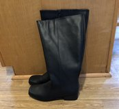 NEW LEATHER KNEE HIGH BOOTS in Fort Leonard Wood, Missouri