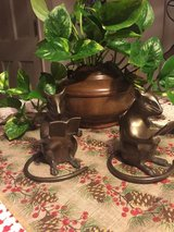 A pair of metal reading mice figurines in Fairfield, California