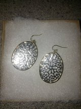 Beautiful Earrings in Chicago, Illinois