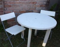 Table & chairs in The Woodlands, Texas