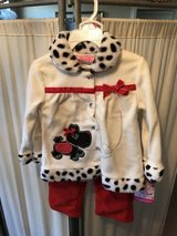 ***BRAND NEW ***Toddler Girl Fleece Outfit...SZ 24 months in Kingwood, Texas