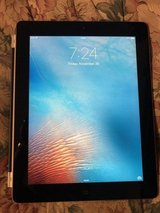 Nice Condition Apple IPad 2 Tablet 32gb in Bolingbrook, Illinois
