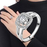 ***BRAND NEW***Oh So Pretty Ladies Everyday Ring***SZ 8 in Cleveland, Texas