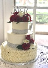 Cakes, cupcakes and dessert tables for weddings, birthday or any occasion in The Woodlands, Texas